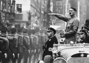 Como Adolf Hitler morreu?