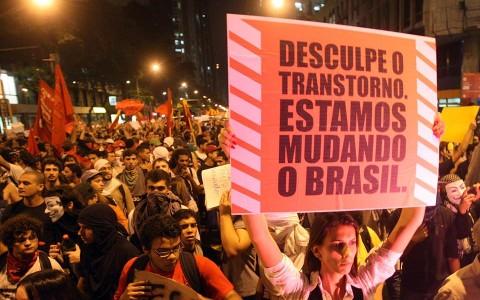 Manifestações pelo brasil